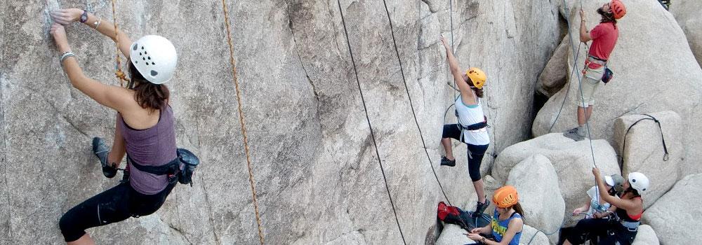 Joshua Tree National Park Intermediate Rock Climbing - ENS ONLY
