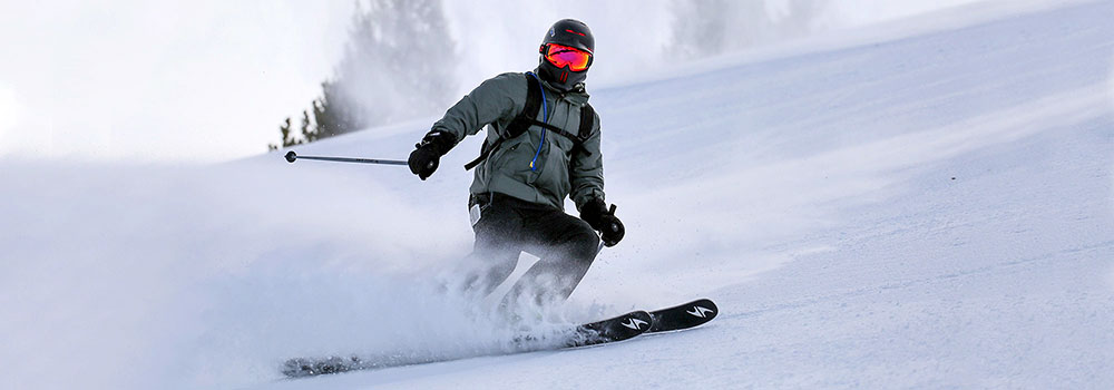 Ski & Snowboard Club